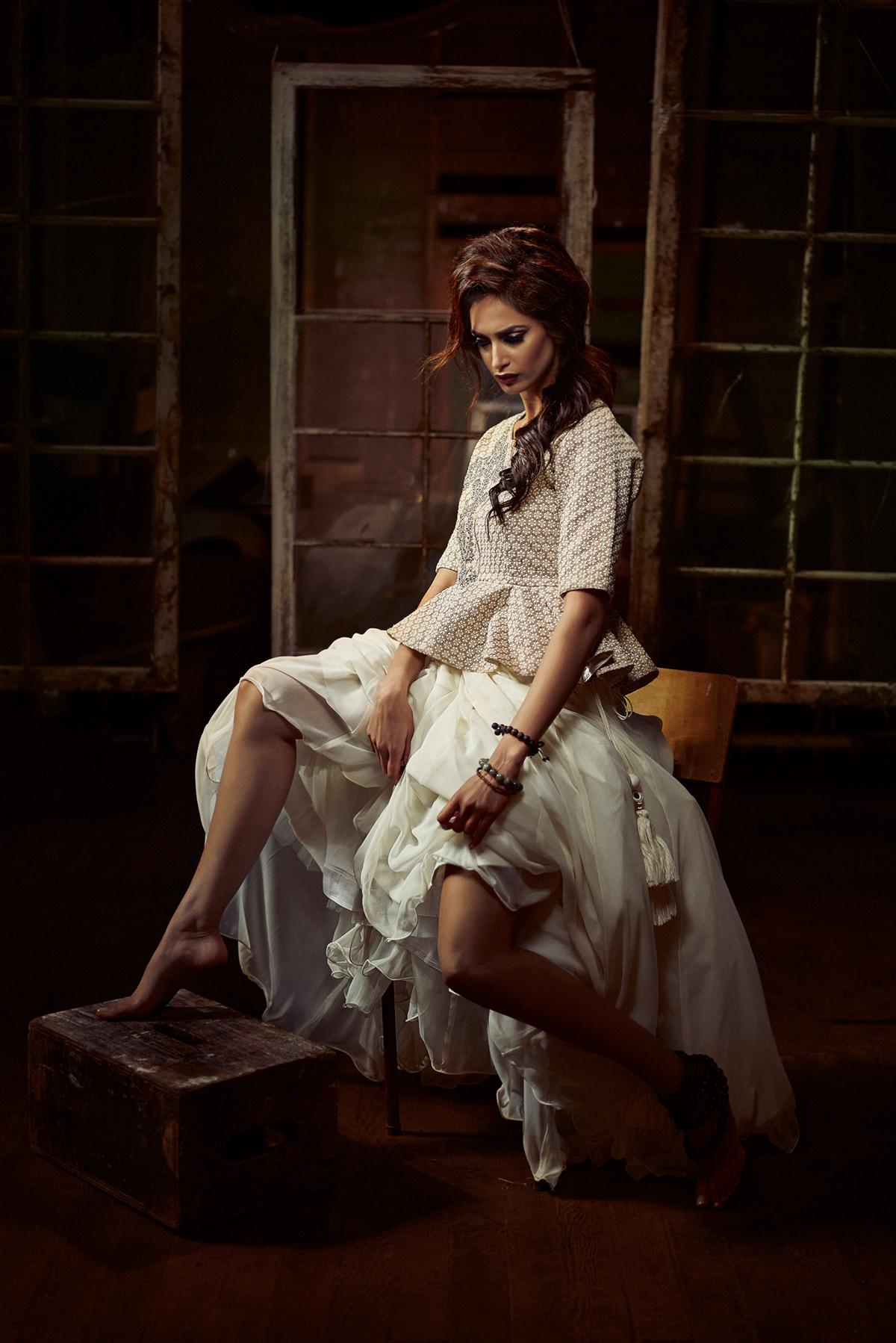 Photography: @deostudios Outfit: @sunnysbridal Photography: @deostudios Makeup & Concept: @farah_hsn Hair: @brandiqueenb Styling: @ronywalia #celebrationsmagazine#spring2015 #magazine #fashion #beauty#offthestands #pickupyourcopy #fashionmagazines#fashion #beauty #lifestyle #editorial #readingtime#pages #recipes #reading #models #photography#ronywalia #jessielehail #arpaandressedme#farahhasan #indianwedding #indianbride#vancouverwedding #bridal #fashiontrends#bollywood #indianfashion