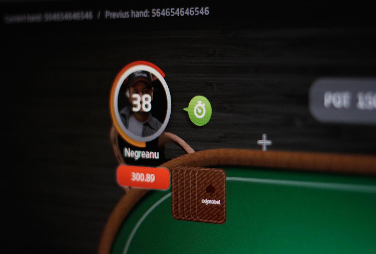 Crystalbet poker download