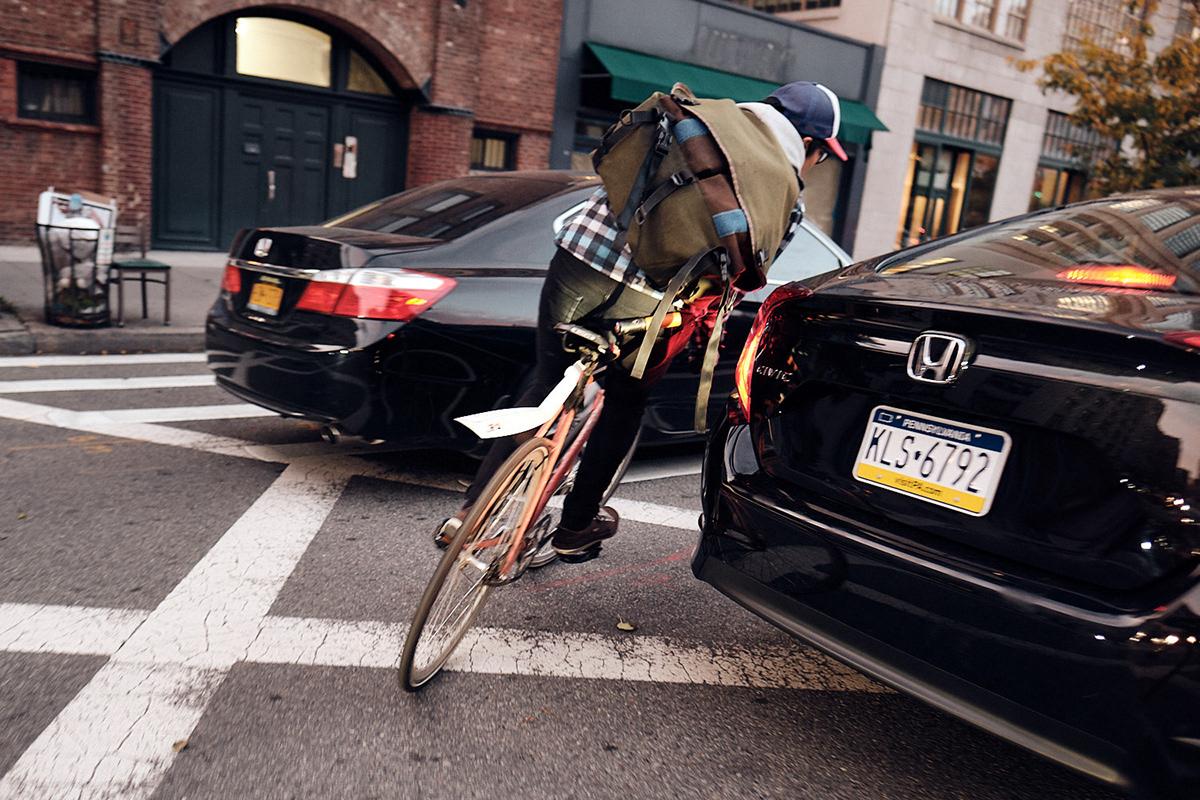 backpack bike messenger Documentary  Manhatten new york city Photography  traffic Work  sport Urban