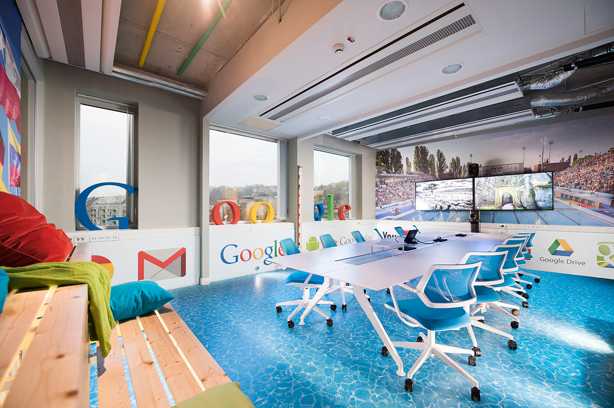 google,budapest,Spa,Office Design,Pool,Graphasel,Graphasel Design Studio