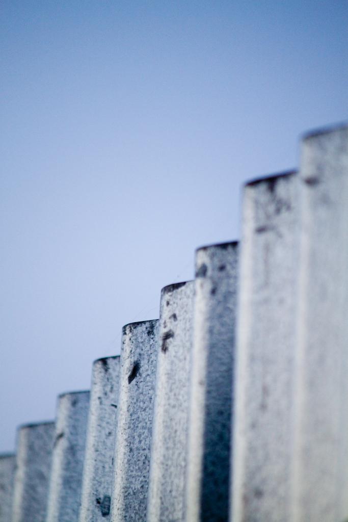 foto città urbano roma palazzi finestre acqua