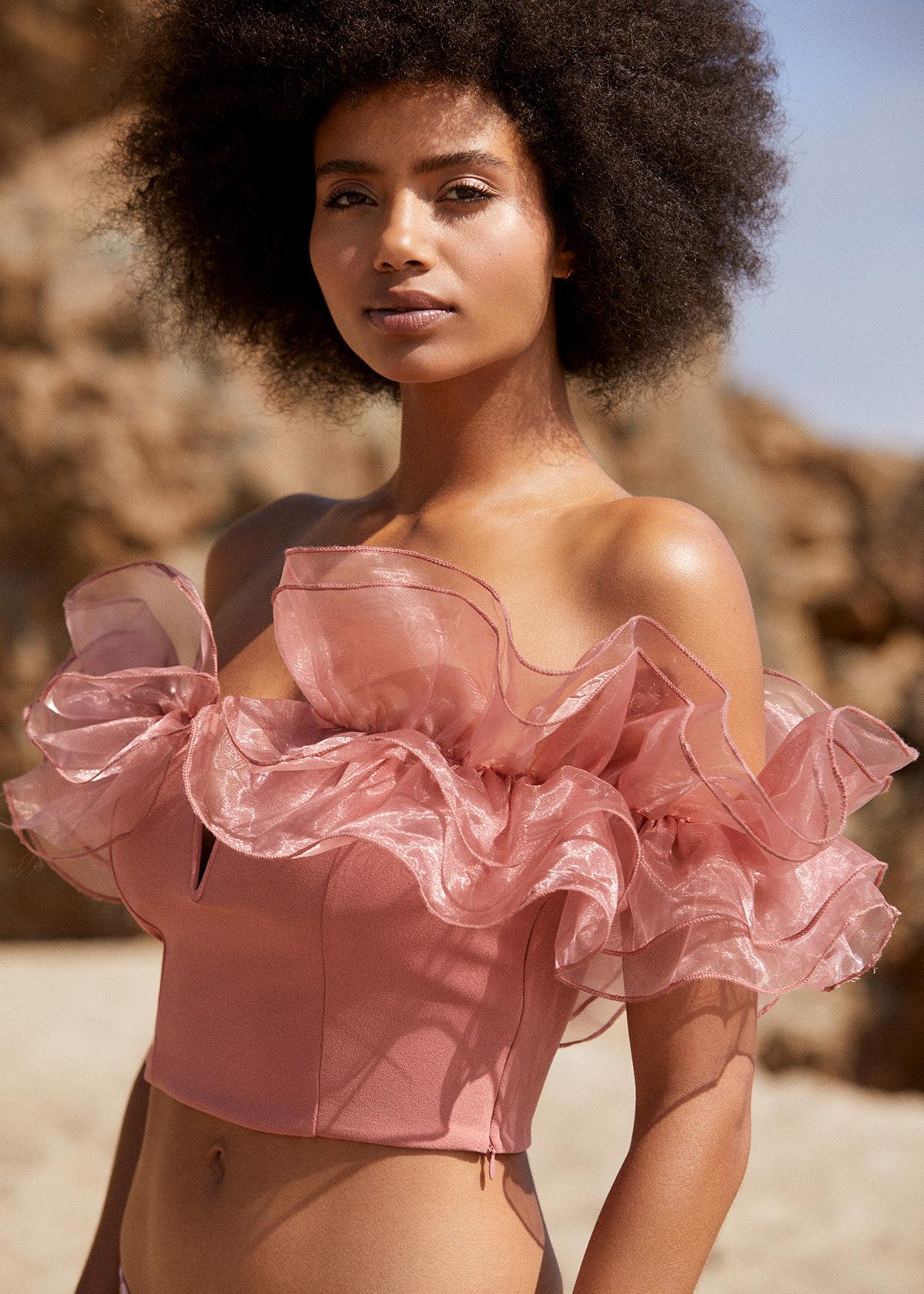 beach editorial Fashion  magazine model postproduction retouch