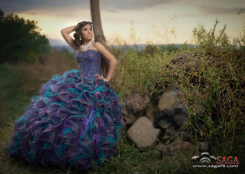 XV saga Jiquilpan molino zapata sesion fotografo quince vestido gallardo