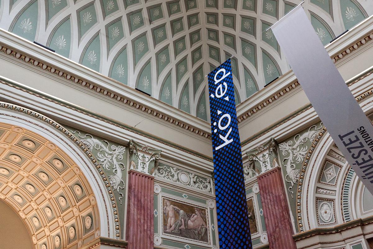 közép Exhibition  public house building halftone museum dots identity design