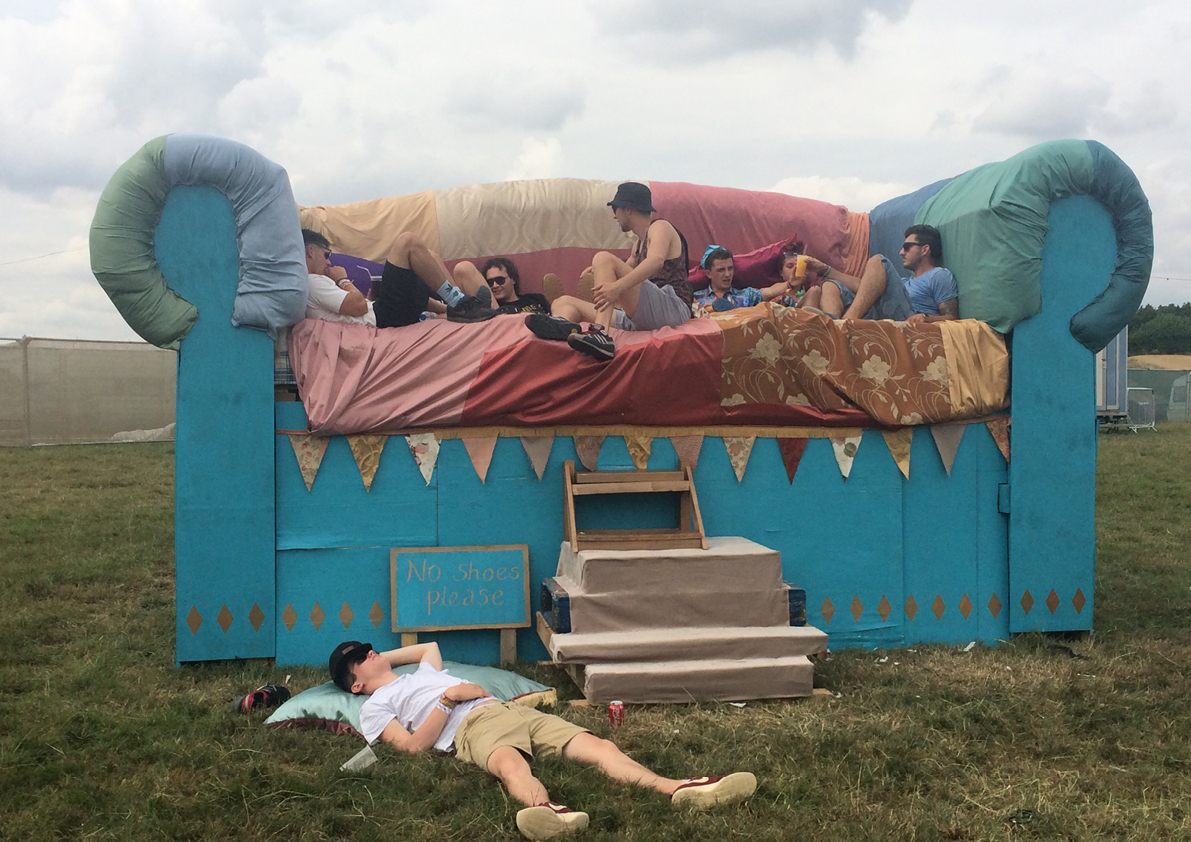 Charmant Giant Sofa   Boomtown Festival On Behance