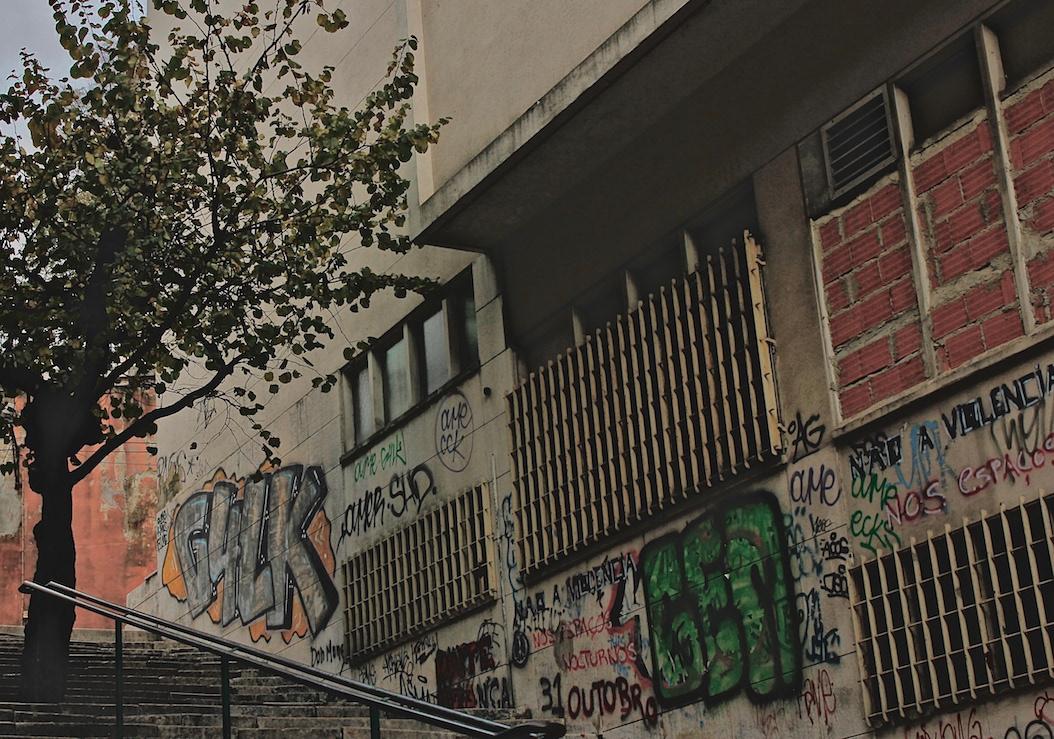 Portugal Lisbon Brazil Graffiti Street Art  A/Z flaneur Kilroy Rosalind Krauss warhol