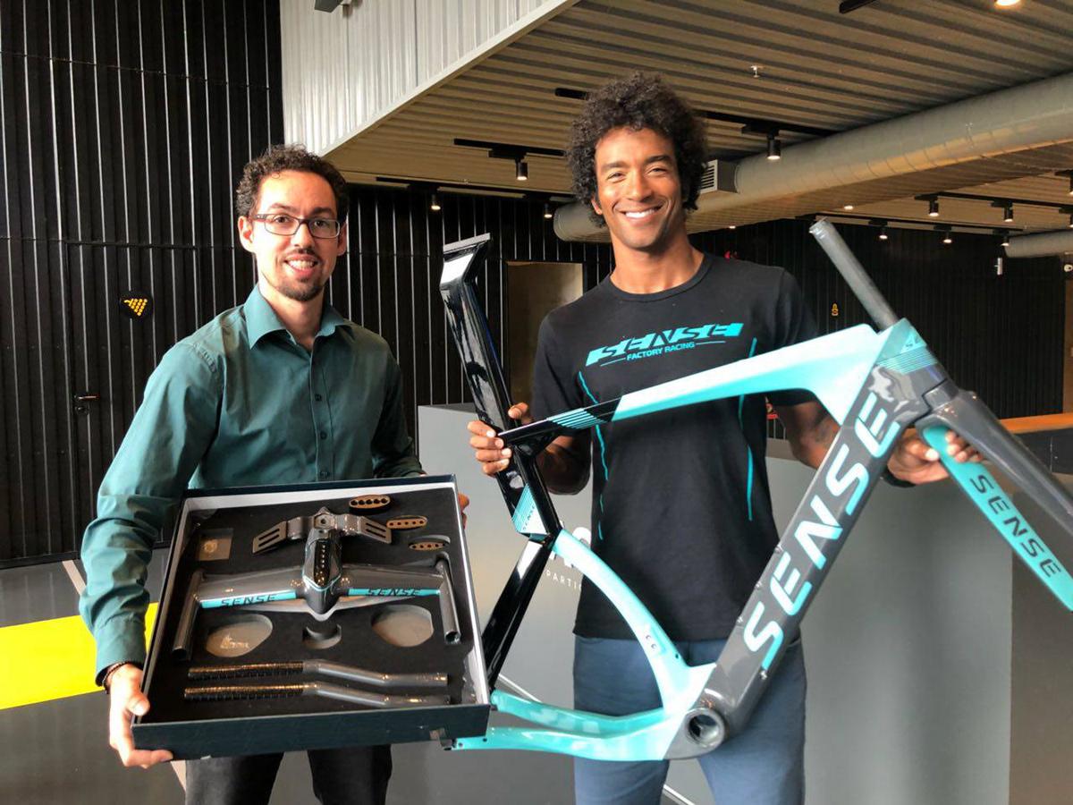 tt Bike Bicycle custom bike Gabriel Delfino Delfino Design Thiago Vinhal bicicleta Triathlon sense bike