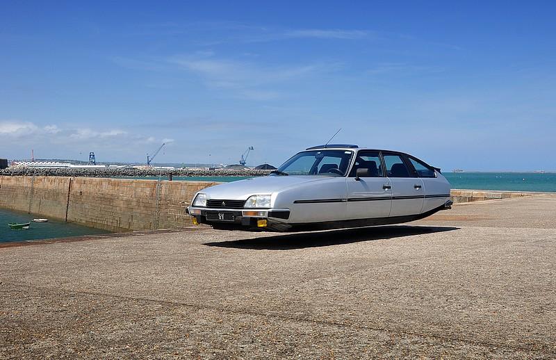 citroen cx Flying car levitation futuristic fiat BMW Porsche viau