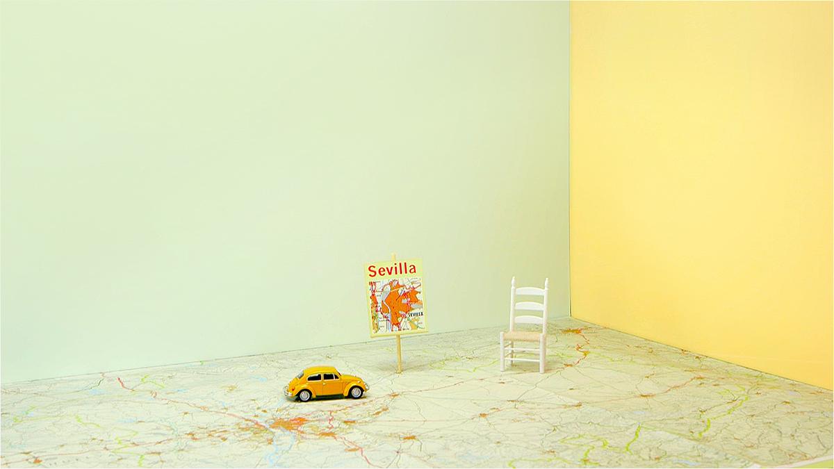 spanish design chromatic color Still life educational bumper tv set