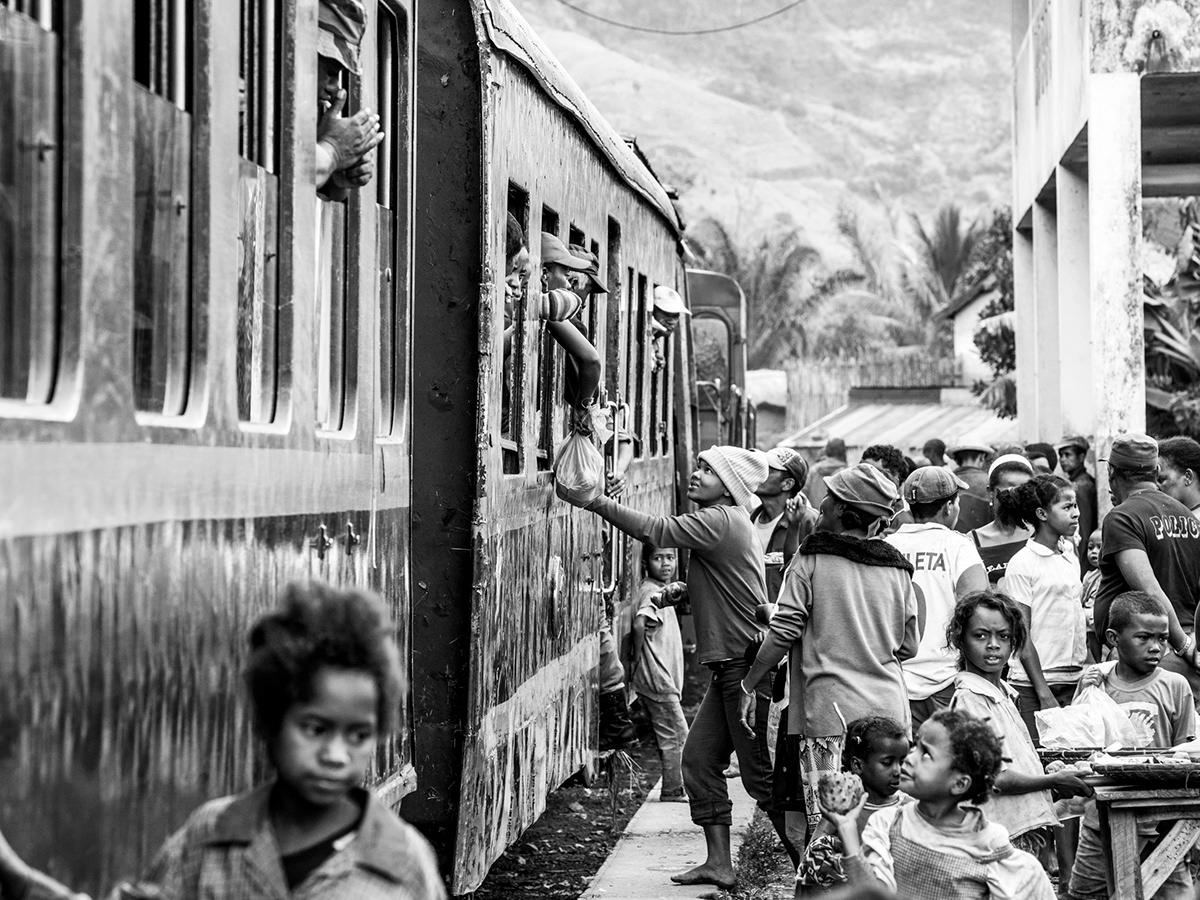 Adobe Portfolio black and white madagascar street photography people