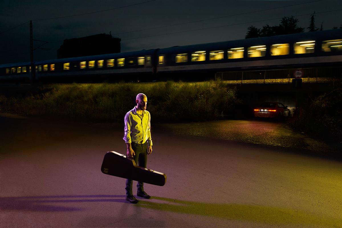 baggage,burden,depression,bag,weight,atmosphere,ligting ,portrait,emotion,time