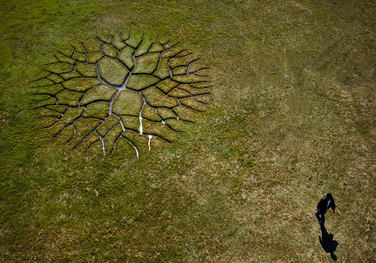 fine art,sculpture,land art,nature art