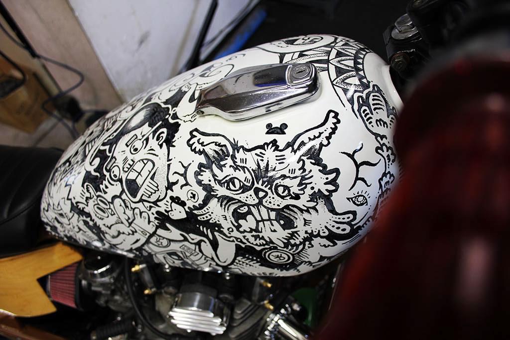 fuel tank motorcycle custom bikes Collaboration markers yahama X650 Cool Kid Customs Wall Dizzy