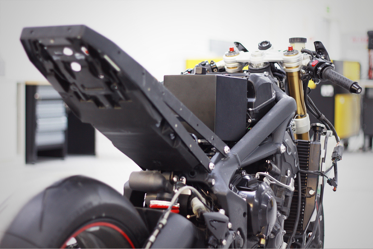 prototype motorbike fdm industrial design  product design  Automotive design 3ds max concept
