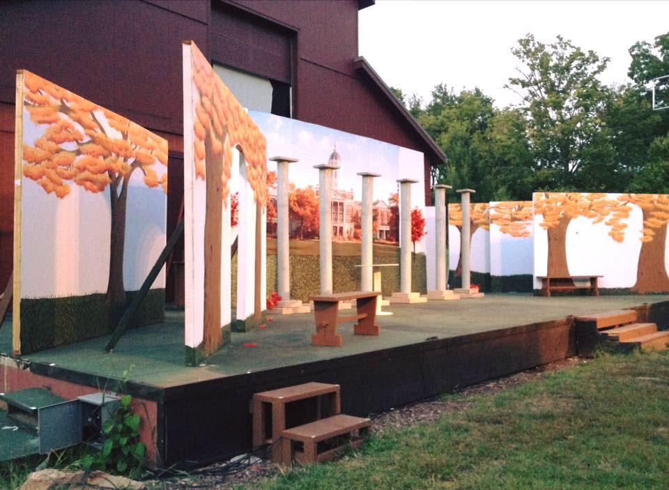 columbia MIssouri maplewood barn painting   set design