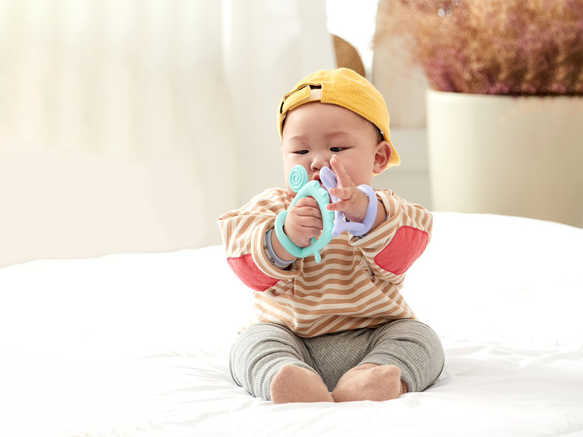 baby bird Candy children happy idea interaction simple teether toy