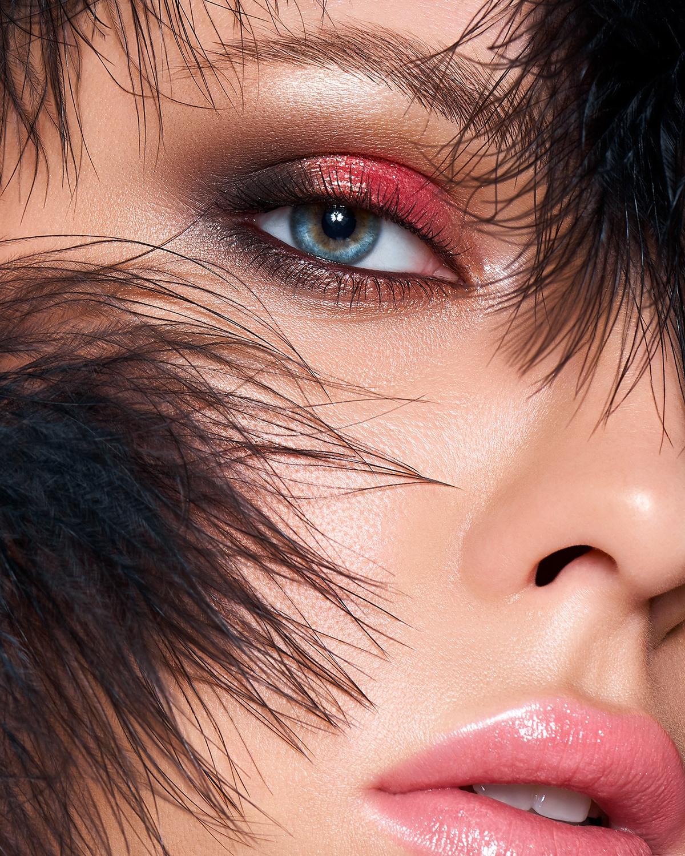 Image may contain: face, lipstick and eyelash