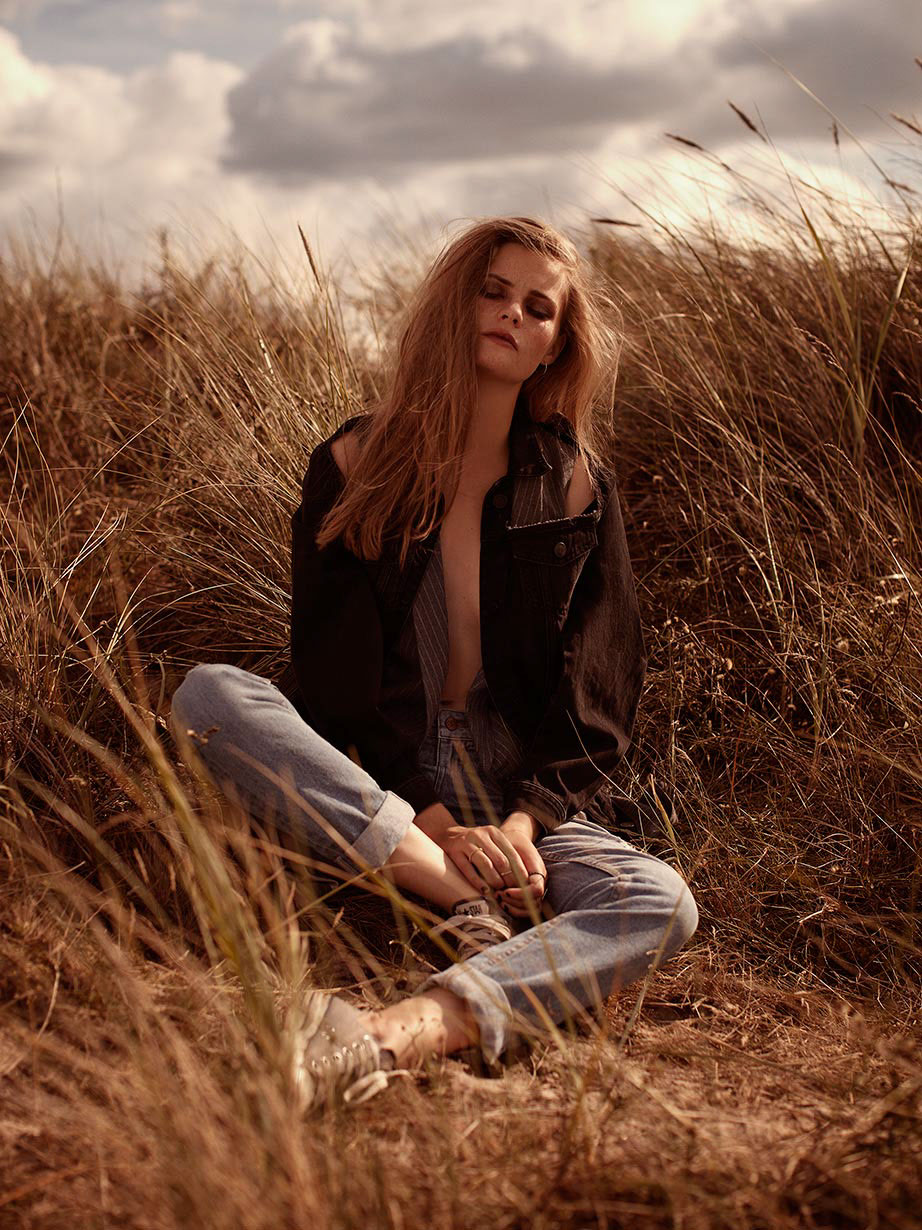 Nina Agdal Poses for Nude Outdoor Photo Shoot. - m 29