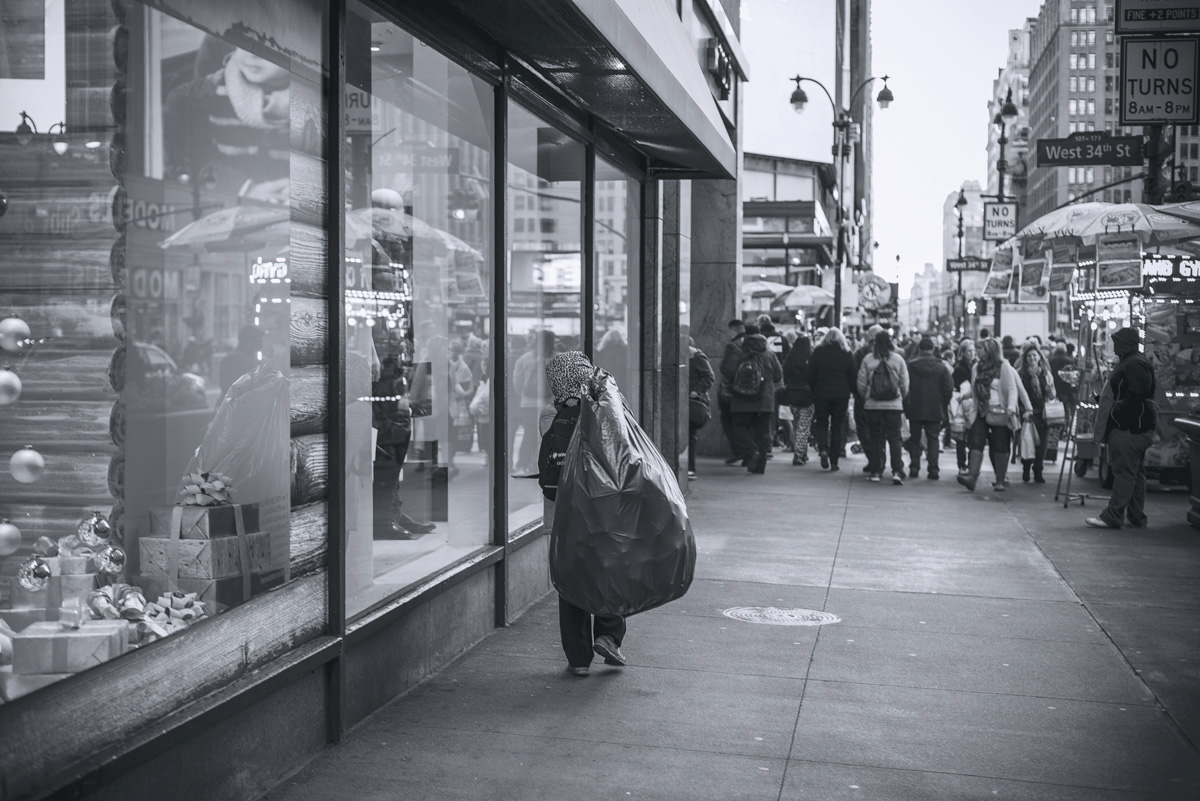 New York street photography black and white people Work  walking life