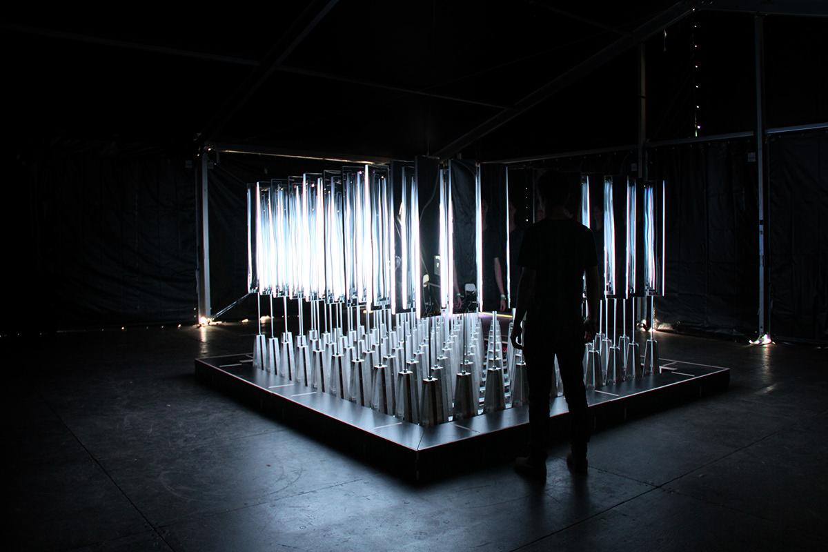 installation interactive light mirrors