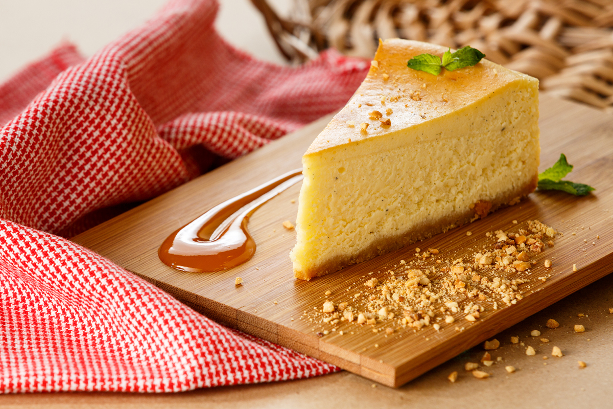 Food  cake dessert holqa cafe singapore menu