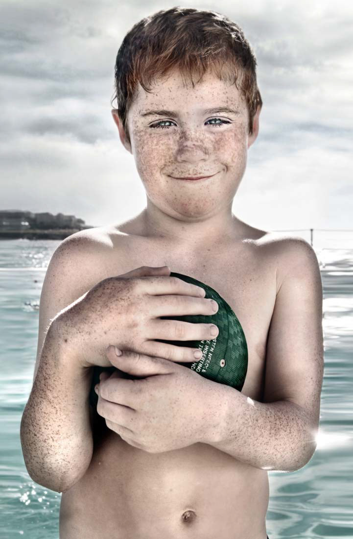 winter swimmers Australia fine art matt hoyle hyper-real