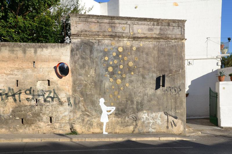 NeSpoon Graffiti Fame Festival Italy Grottaglie sterntaler Grimm Brothers