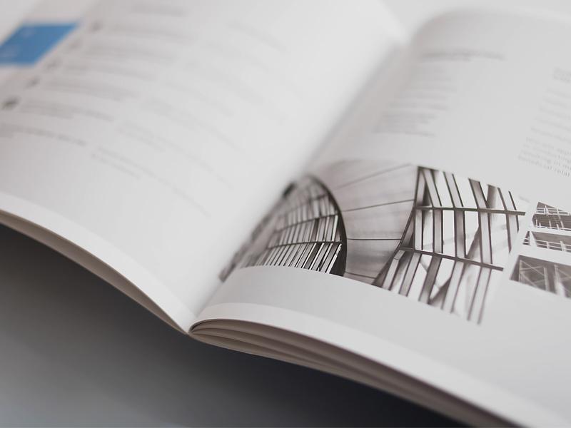 DesignBand brochure corporate Layout