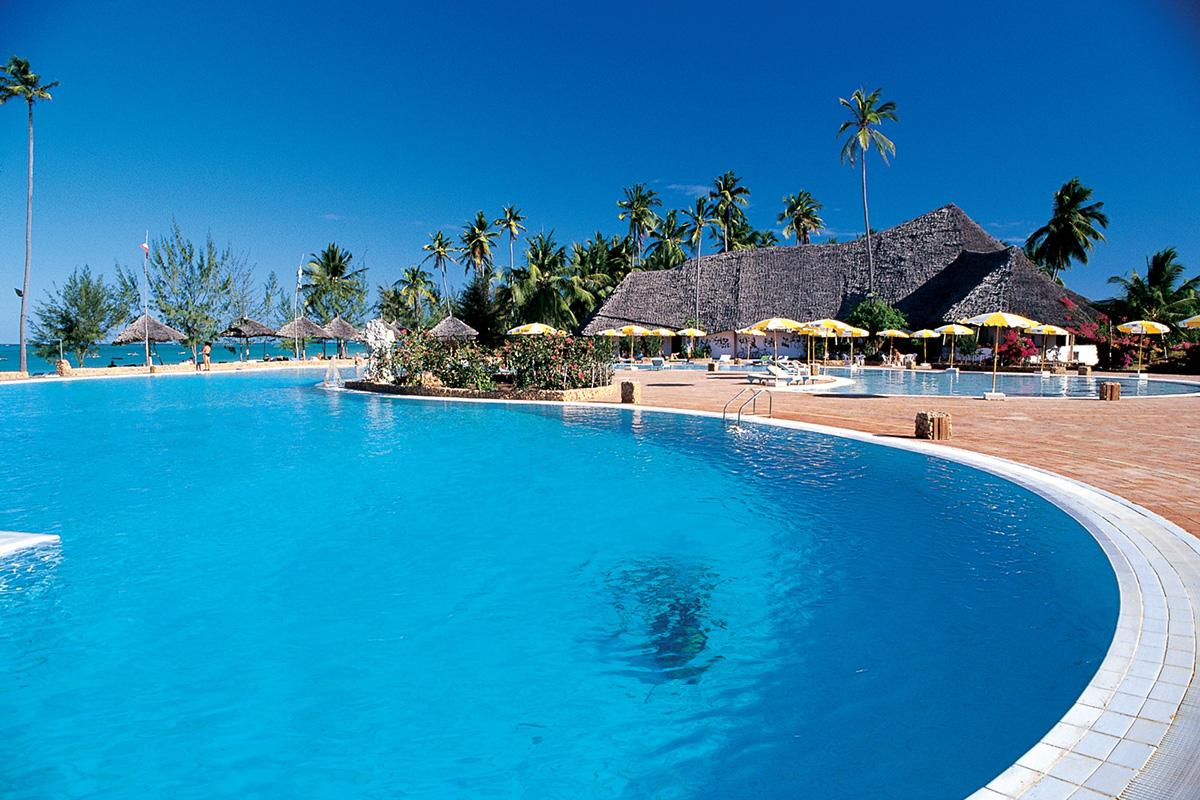 hotel resort five stars Hotels islands relais luxury tourism Travel Wellness Spa swimming pool