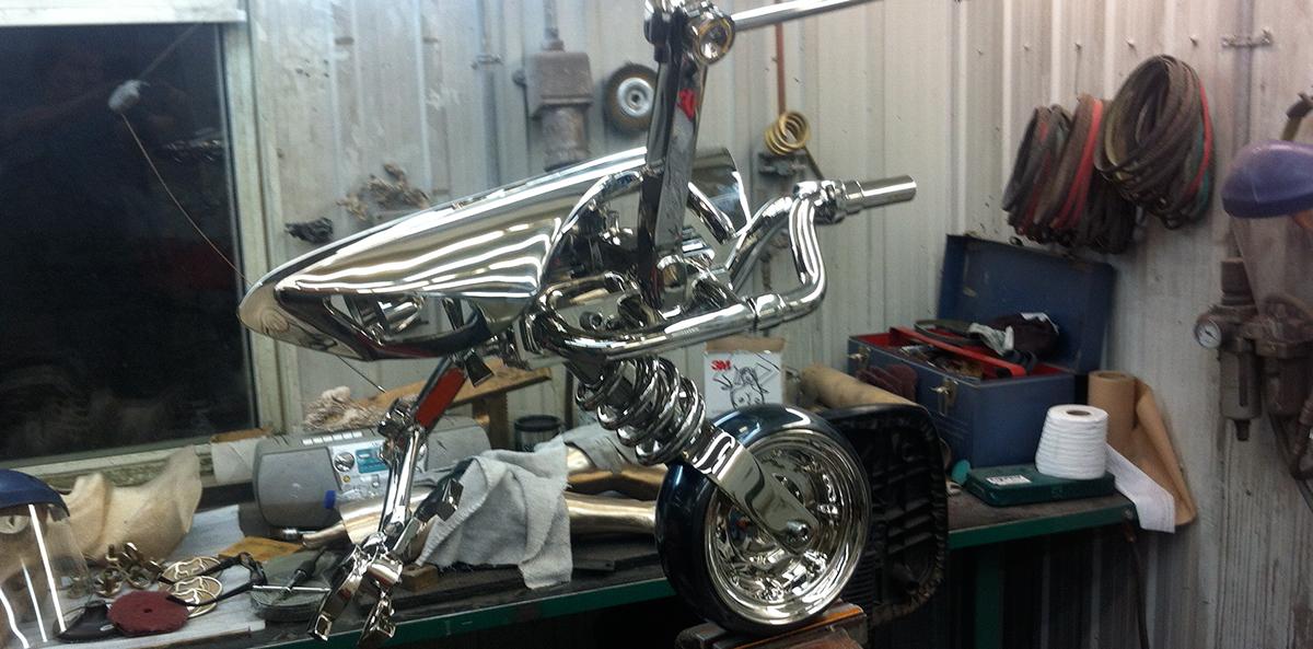 Robot bronze