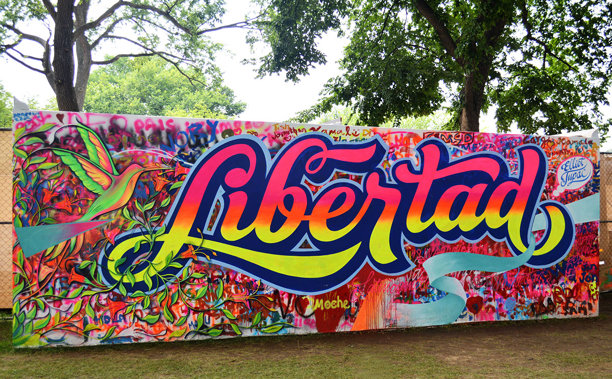 Libertad lettering spray and brush on behance for Mural lettering