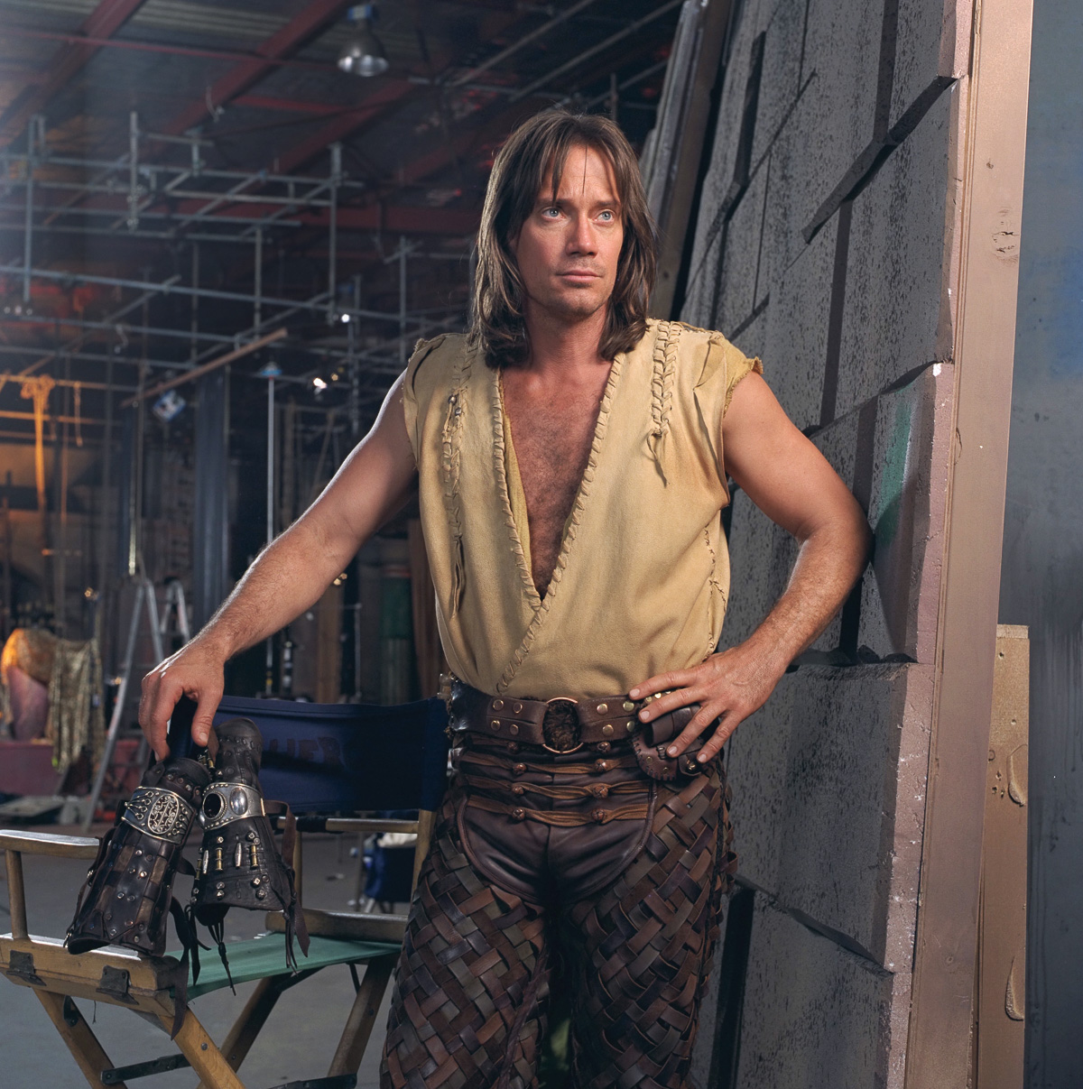 Kevin Sorbo hangs up his gauntlets on the set of 'Hercules', 1999.