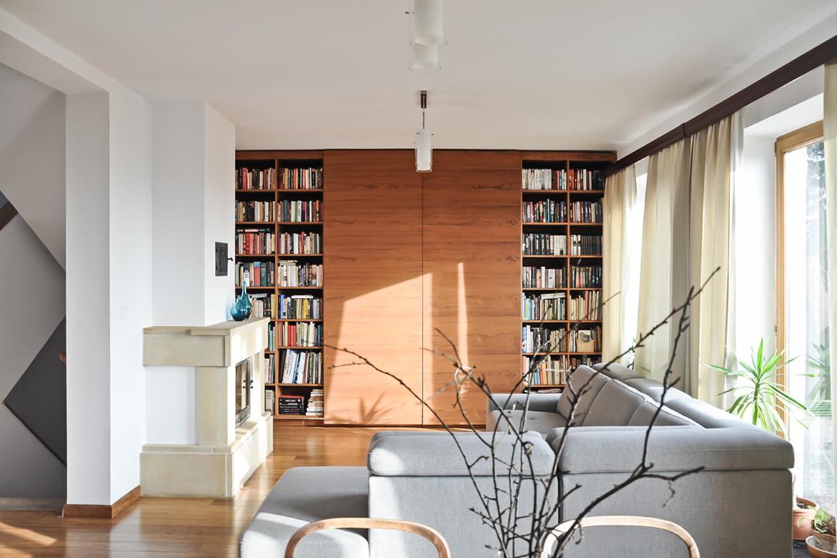 interior design  natural materials barn concrete teak Old Boards