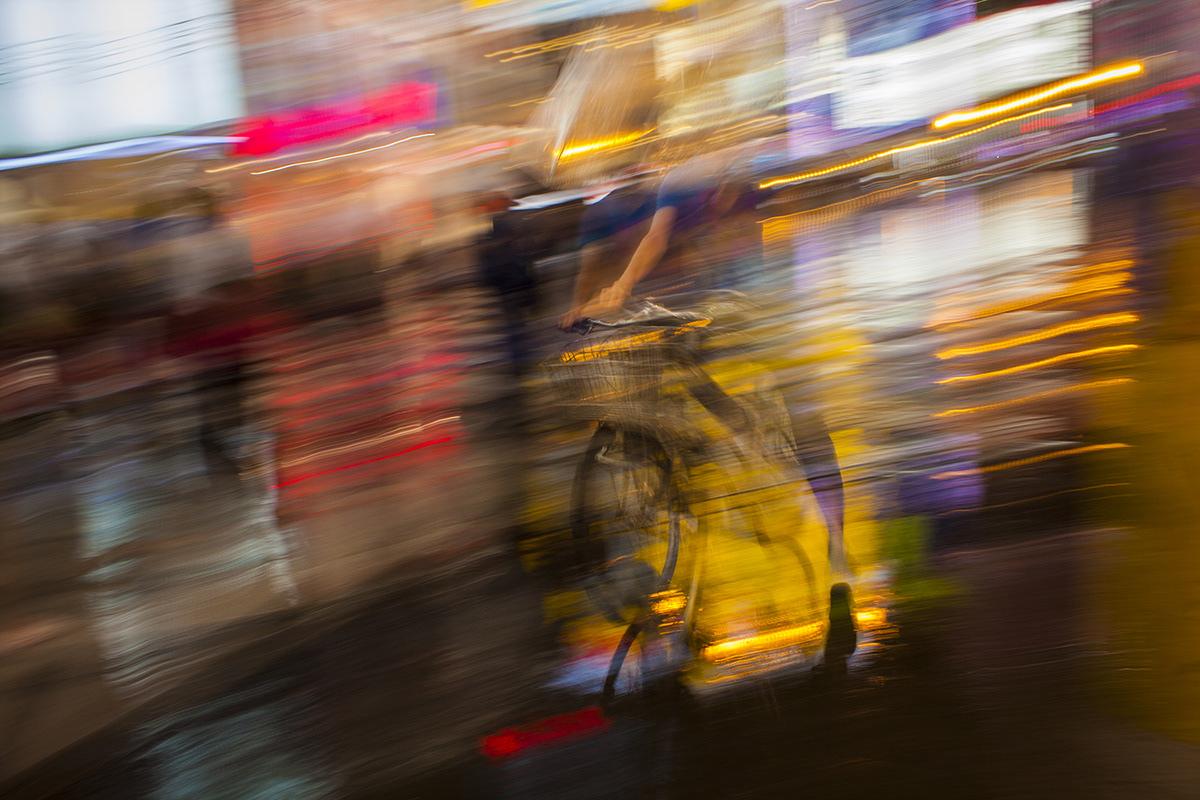 Adobe Portfolio bikes japan light osaka rain umbrelas