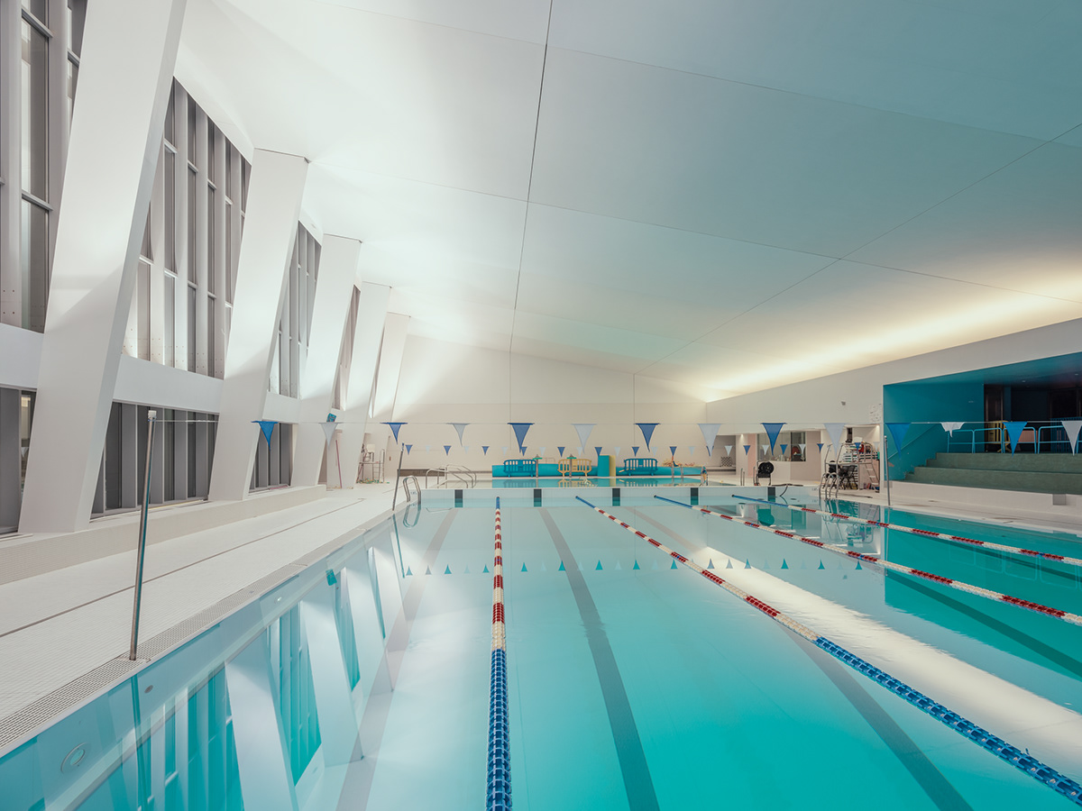 ARCHITECTURAL SWIMMING POOL