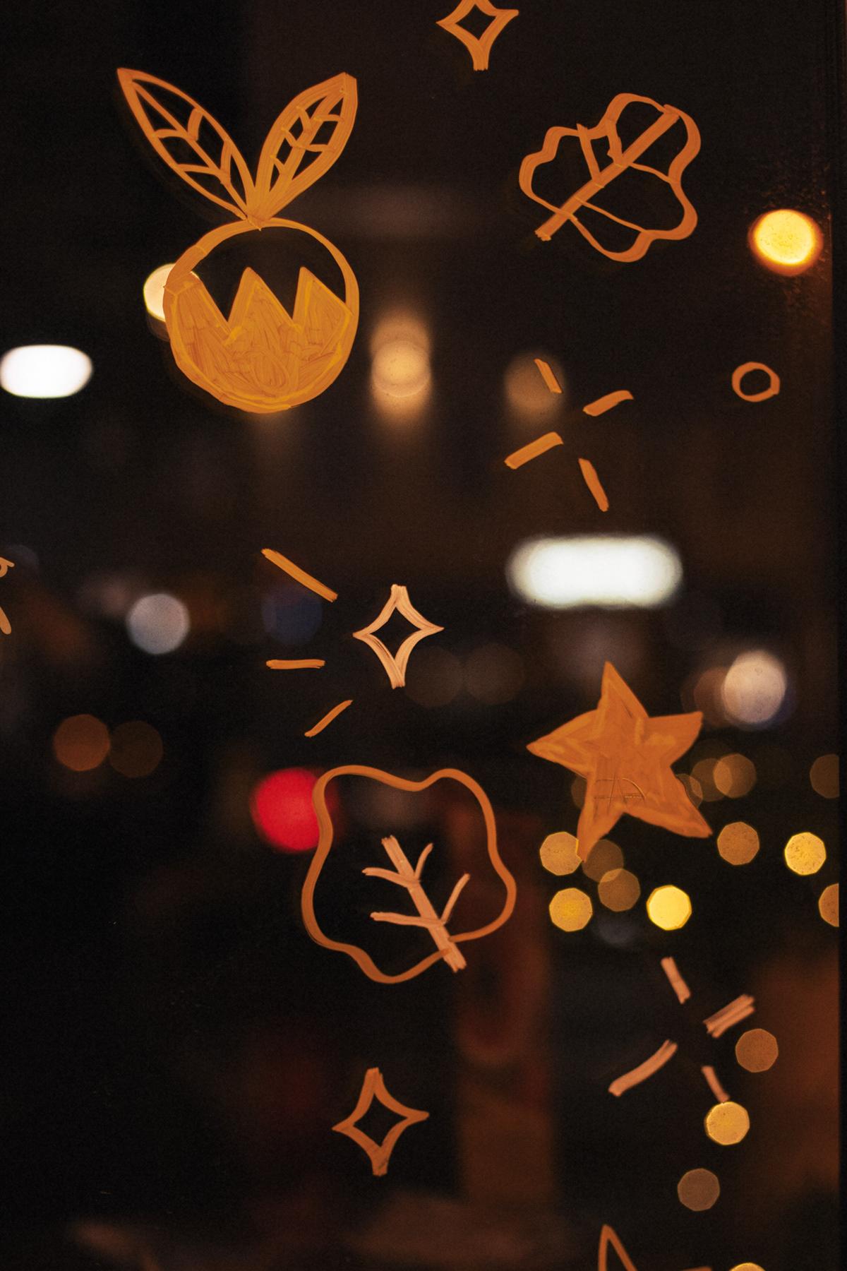 Christmas window drawing rabbit line illustration animals forest acrylic restaurant Food  decoration