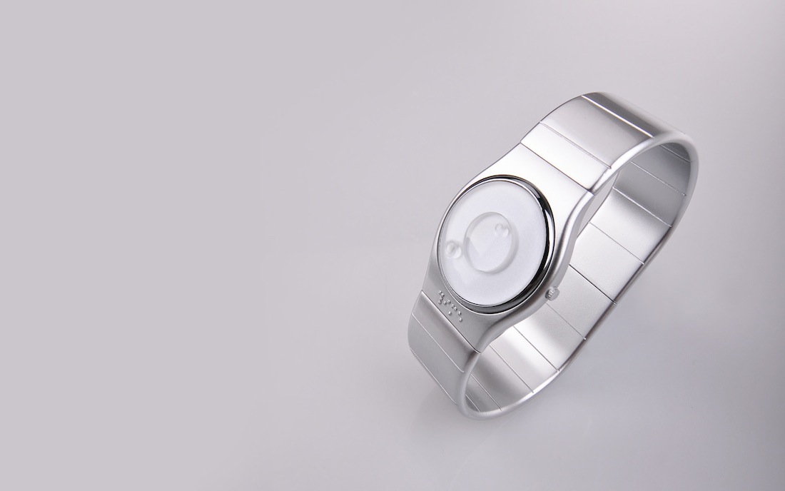 blind watch tactil touch industrial design  product design  design handicaped