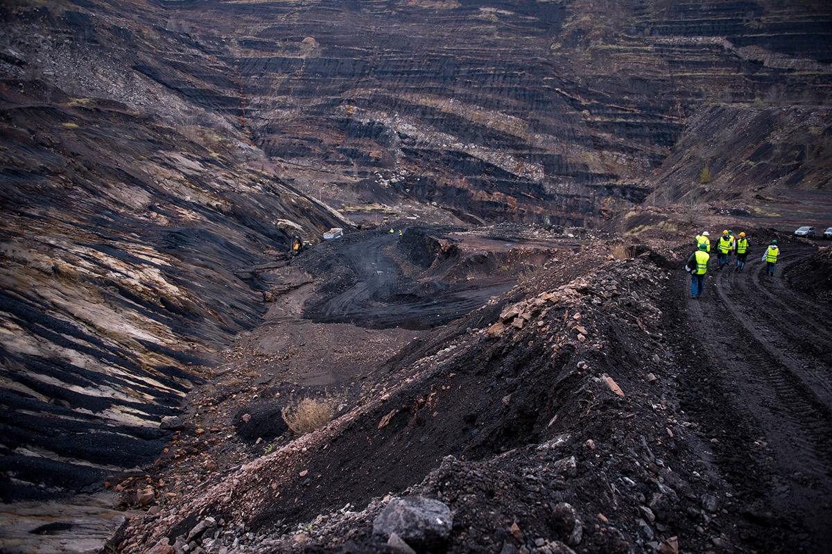 coal,mine,industrial,black