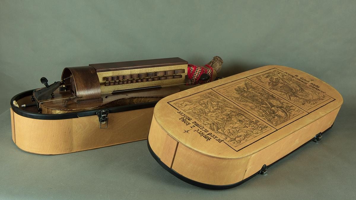hurdy-gurdy case futerał instrument lira kobrowa