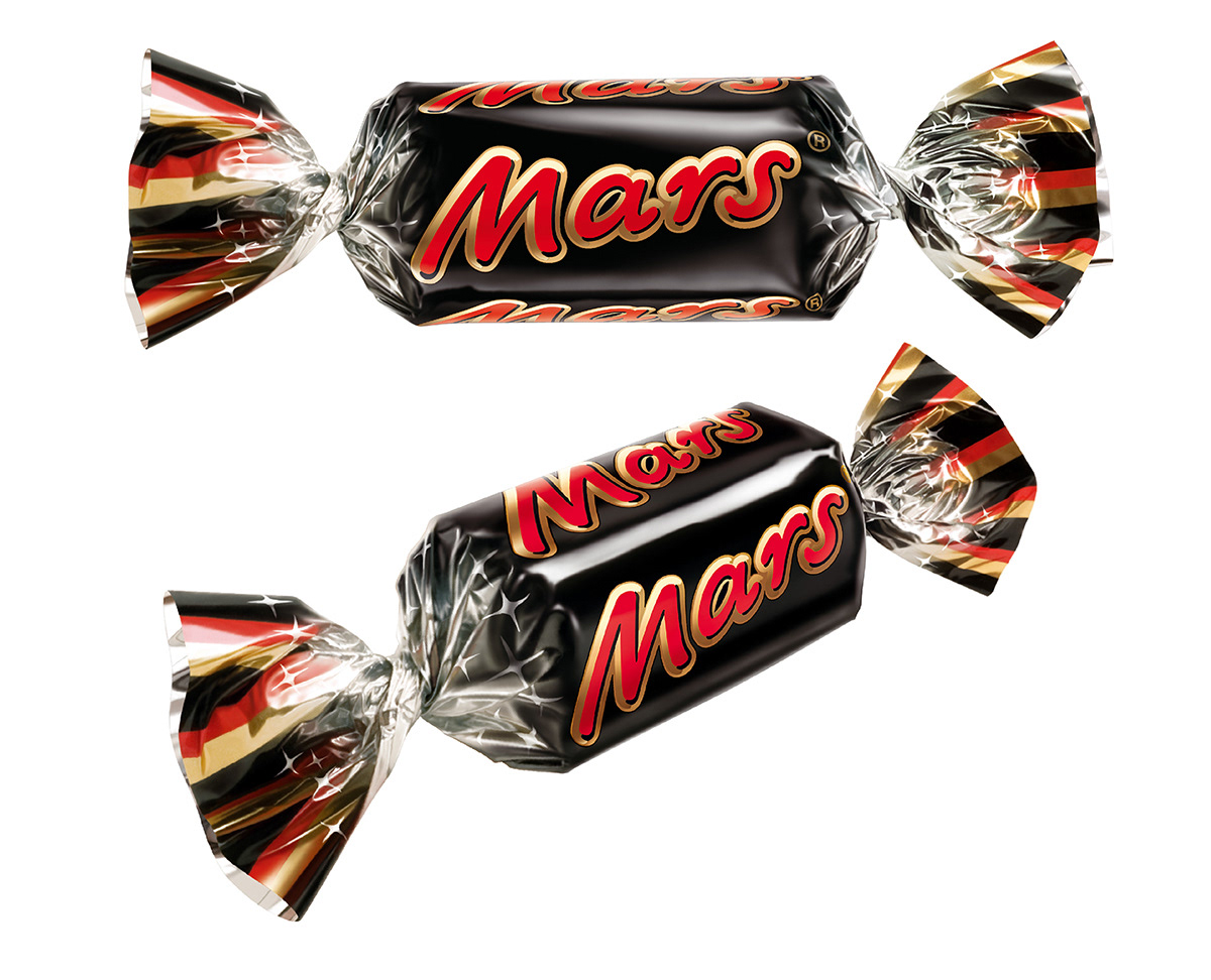 Photo realistic illustrations of Celebrations Mars miniture chocolates for product packaging