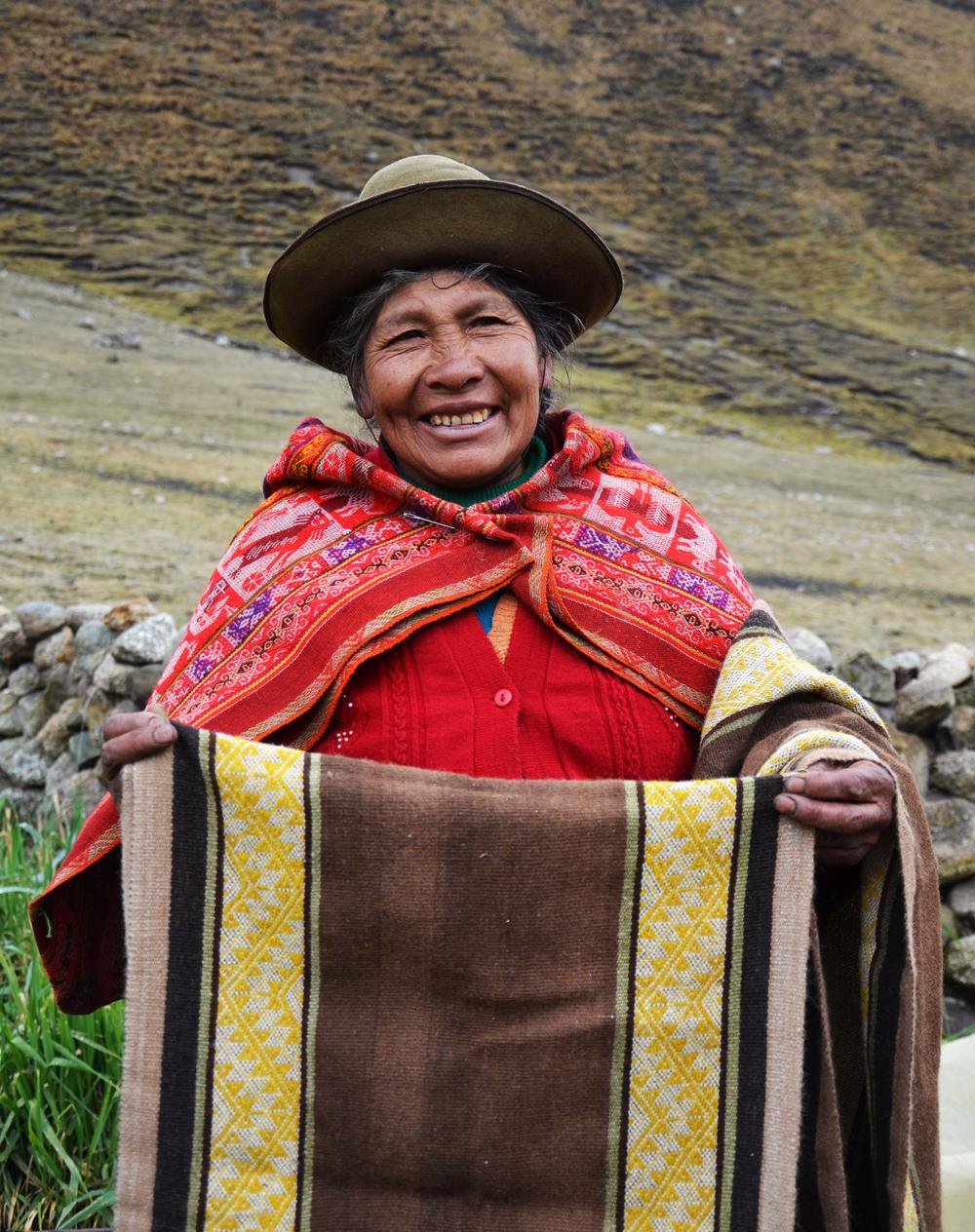 peru fair trade Textiles organic cusco threads of peru Andes quechua artisans