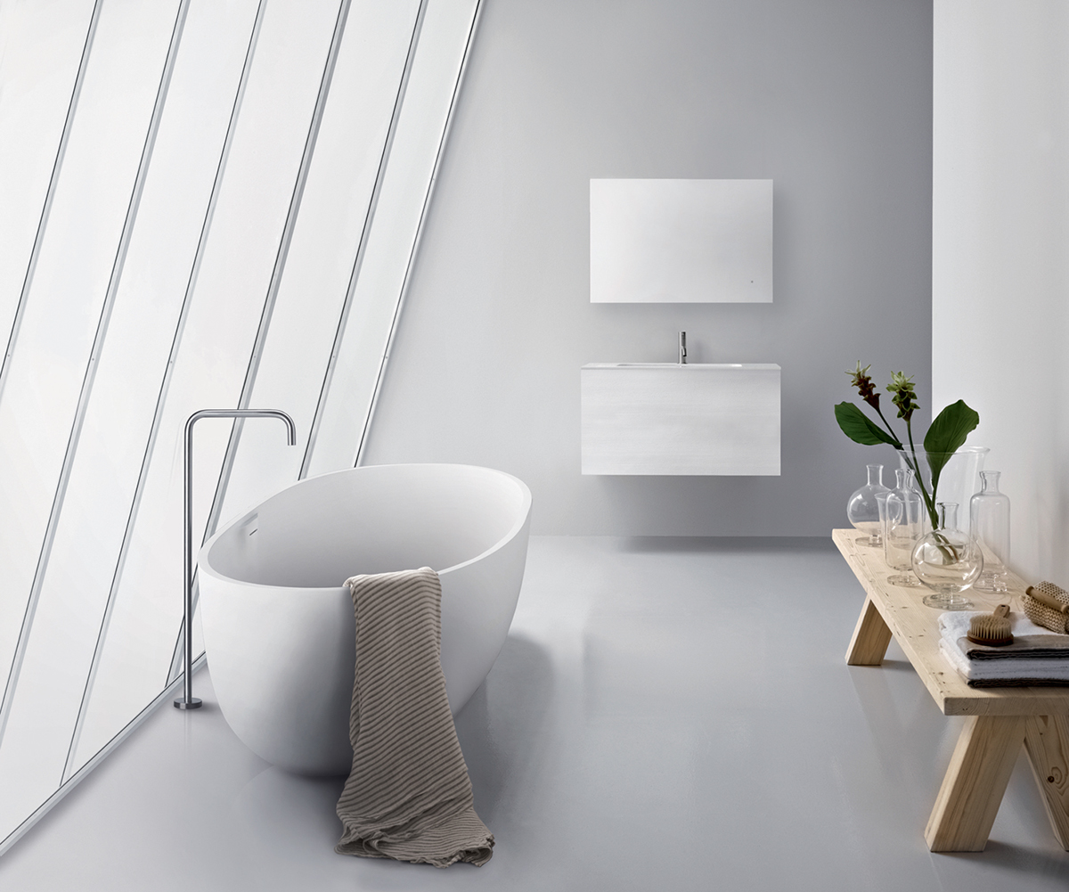 end drain freestanding tub.  much sought after freestanding tub experience in smaller spaces such as condo bathrooms The end drain provides further design flexibility for versatile luxury bathtubs on Behance