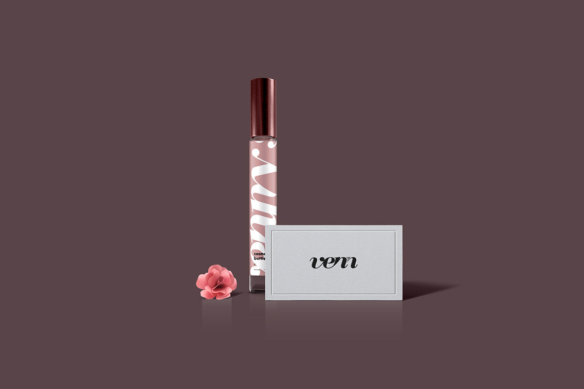 free Mockup psd branding  business card card perfume floral elegant identity