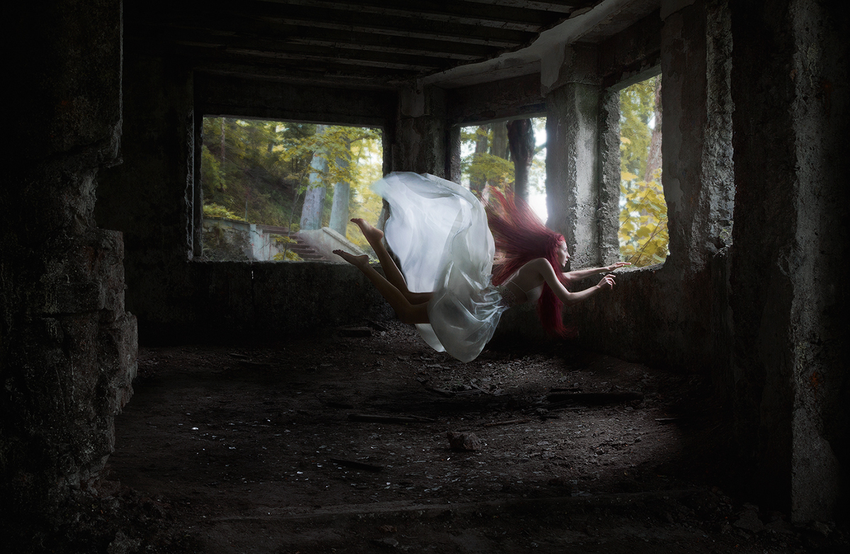 grimartphotography tanjaorion levitationphotography levitation beauty redhead Photoedit