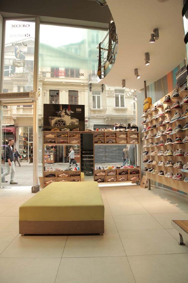 istiklal caddesi shoe Storefront tiger Asics Display mdf