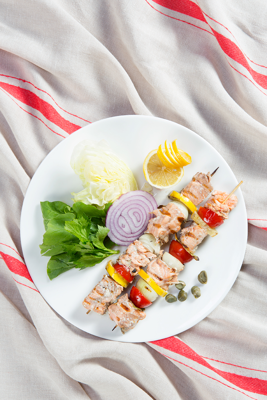 Food  styling  vintage food styling Life Style still life chicken meat meze