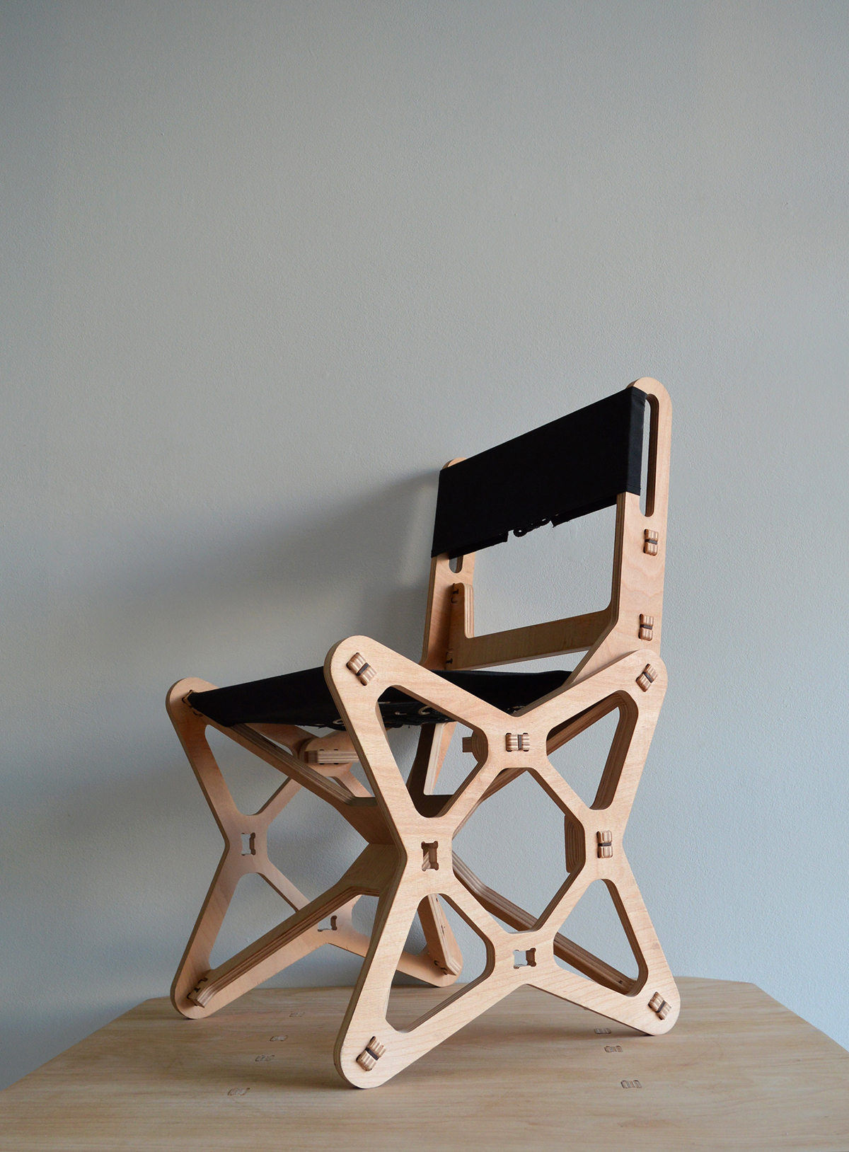 Peachy The New Electron Chair On Behance Ibusinesslaw Wood Chair Design Ideas Ibusinesslaworg