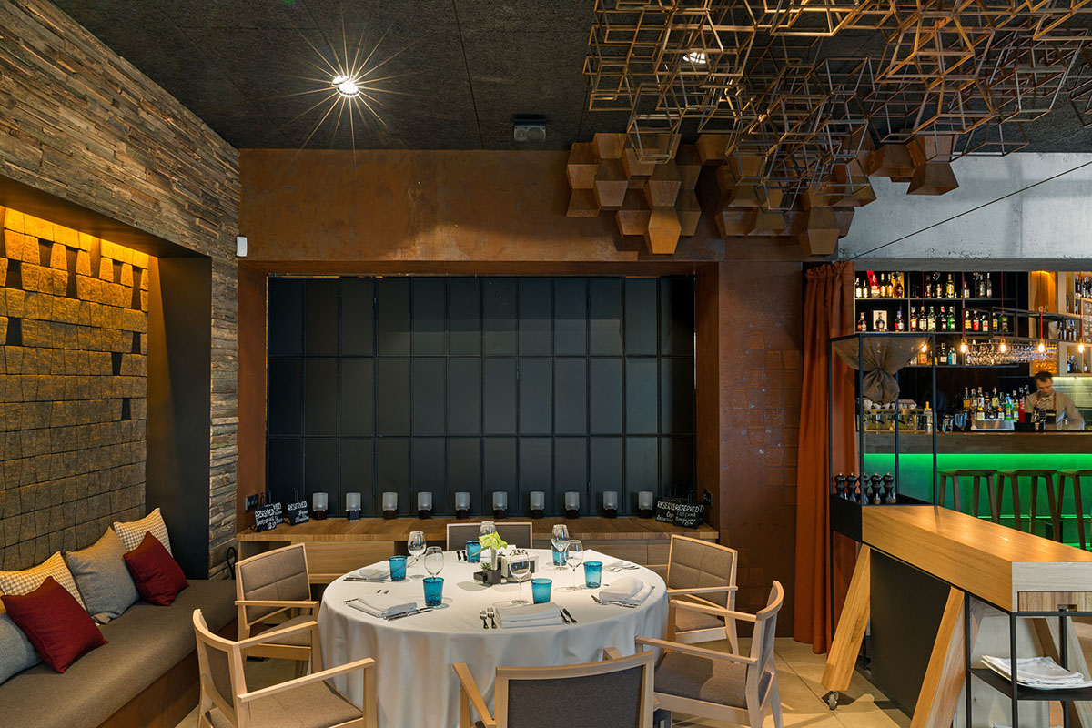 fish u0026 fusion gastronomic restaurant on behance