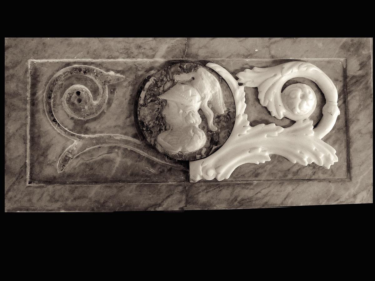 ornament beeldhouwwerk Teylers Museum marmer restauratie