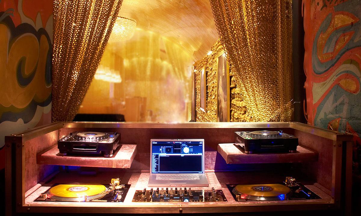 Mpire,Goldbar,Moon Mehta,Scott Buckets,nyc,lounge,restaurant,nolita,skulls,Interior Installation,media outreach